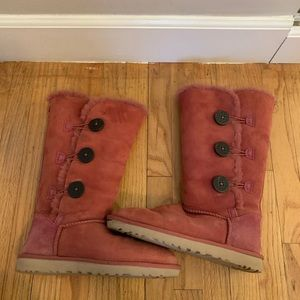 UGG Bailey Button boot size 8